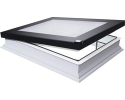 DEF DU6 70x70 Platdakraam, elektrisch, 3-voudig glas, incl. kettingmotor, voeding, regensensor en afstandbediening